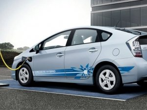 Türkiye'de bin 169 elektrikli araç trafiğe çıktı