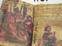 Diyarbakır'da1400 yıllıkdini motifli kitap ele geçirildi