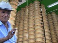 Turizmci Yılmaz Sezer, dünyanın ünlü peynirlerini üretiyor