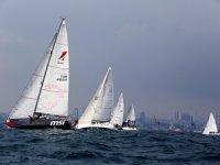 """Deniz Kızı Kadın Yelken Kupası""""nda kadınlar yarışıyor"""