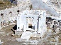Antik kentte restorasyon skandalınıfırtınaortaya çıkar