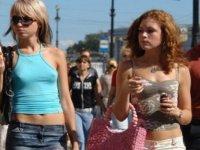 Rus turistlere Türkiye'ye giriş kuralları anlatıldı