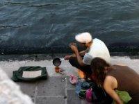 Venedik'te sokaktakahve pişirdiler şehirden kovuldular!