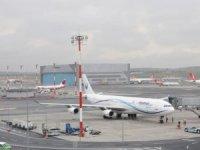 İstanbul Havalimanı'nda taksi yolu çöktü
