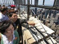 Trump'ın ticaret savaşıyla ABD'de Çin turist sayısıazaldı