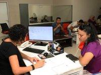 Antalya Büyükşehir Belediyesi 3 ay içinde 758 kişiyi işe yerleştirdi