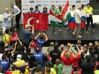 Kadıköy'ün robotik çocuklarından dünya rekoru