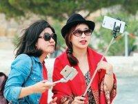 Ayvalık'ta Çinli turist heyecanı