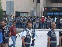 HDP'li Diyarbakır, Van ve Mardin belediyelerineoperasyon