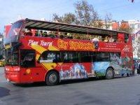 Yeniçağ: İstanbul'da iki katlı turist otobüslerinin hikayesi