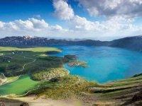 Dünyanın 2'ci büyüğüNemrut Krater Gölü'ndejet ski keyfi