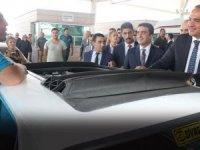 Bakan Ersoy, Kapıkule'de gurbetçilerle sohbet etti
