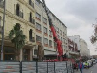 Celal Ağa Oteli'nin aykırı inşaat bölümleri tıraşlandı