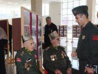 Kore gazisi 90 yaşında Mehmet Kara'nın buruk Zafer Bayramı