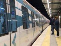 İBB Metro'yu çalıştırdı, Bakanlık Marmaray'ı durdurdu