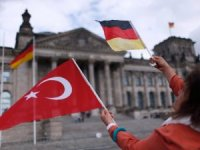 Türkiye'den Almanya'ya ilticalararttı
