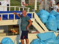 Marmaris'in koylarından topladığı çöpler çalındı