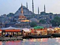Eminönü'nde balık ekmekçi tahliyesindekazanan İBB oldu