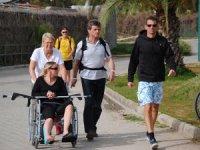 Bizde engelliler evden çıkamıyor, Avrupalılar tatile geliyor