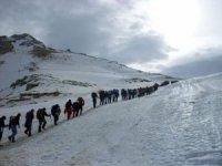 Turistler St. Paul yolundan 500 kilometre yürüyorlar