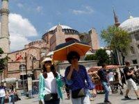 Turizm, yüksek maliyetler ve yeni vergilerin baskısında