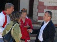 Otelciler, personeli kaçırmamak için otelleri zararına açıyor