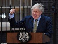 Boris Johnson İngiltere'de tek başına iktidar oldu