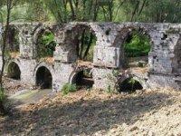 229 yıllık tarihi Ali Paşa Kemeri'netaş hırsızları dadandı