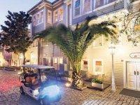 Soğuk Çeşme Sokak ve Yeşil Ev'de Hilton imzası