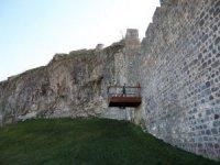Tarihi Diyarbakır Surlarına Balkon Yapıldı