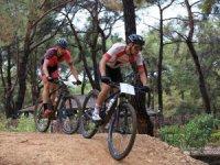 Kepez dağ bisikleti yarışına 11 ilden 110 bisişikletçi katıldı