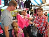Turistler gidiyor,pazarcı esnafı siftahsıztezgahlarını kapattı