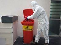 Böcek:Kullanılmış maske ve eldivenler tıbbi atık olarak toplanacak