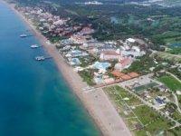 Turizm cenneti Antalya sahillerinde'virüs' sessizliği