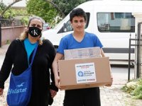 Büyükşehir, evden çıkmayanlara gıda yardımı yapıyor