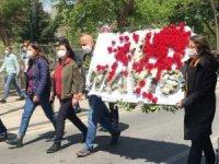 DİSK'in parçalanan çelengi Taksim'de