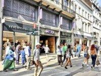 Tüketicilerin yarısı Kovid-19 sonrası cadde mağazalarını tercih edecek