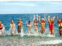 Türkiye'ye 20 yılda 100 milyon turist