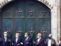 23 Mart'ta kapatılan tarihi Kapalıçarşı dualarla açıldı