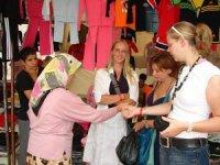 Antalya'da 52 kalem iş kolu ekonomik canlılık için turist bekliyor