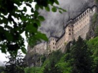 Trabzon'da Sümela Manastırı ve Ayasofya Camii ziyarete açılıyor