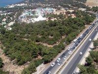 Bodrum'a 12 saatte 40 bin, 4 günde 151 bin araç giriş yaptı