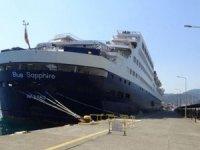 Türkiye'nin lüks yolcu gemisi Marmaris'te demir attı