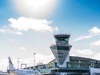 Finlandiya havaalanlarında UVC ışığı ile covid-19  önlemi