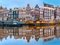 Hollanda Türkiye'yeseyahat yasağını esnetiyor