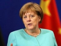 Angela Merkel:Türkiye ile arayı bulmalıyız
