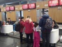 THY'de gişe görevlileri yolcuları canından bezdirdi