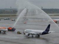 BER Havalimanı'na ilk uçaklar indi