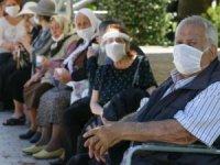 İstanbul'da korona kararı: 65 yaş ve üstüne sokak yasağı