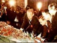 """Aya giden astronotlar Atatürk""""e neden saygı gösterdiler?"""